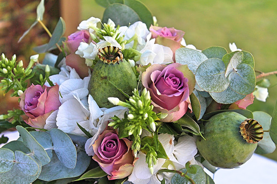 More Ways To Incorporate Flowers Into Your Wedding