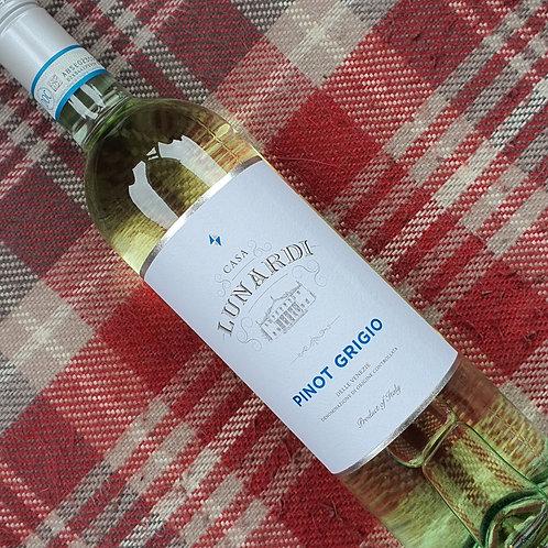 Lunardi Pinot Grigio, Italy, 75cl