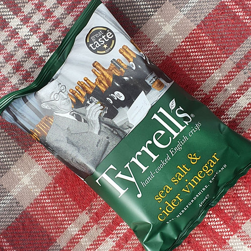 4 x Tyrrells Lightly Sea Salt & Cider Vinegar, 40g