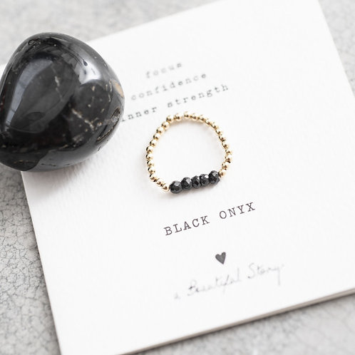 Beauty Schwarzer Onyx Gold Ring