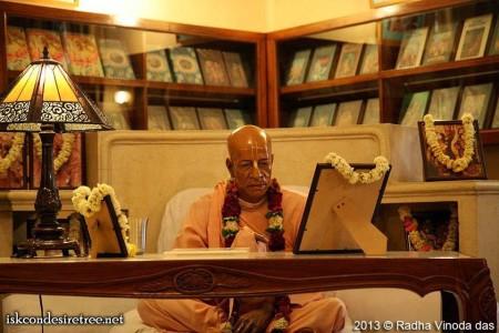 "Krishna Prema`s Food for Thought 2018 # 10 - ""Chant in Srila Prabhupada`s Room!"""