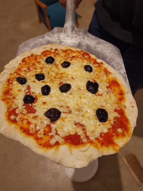 Une pizza cuite dans un B14..