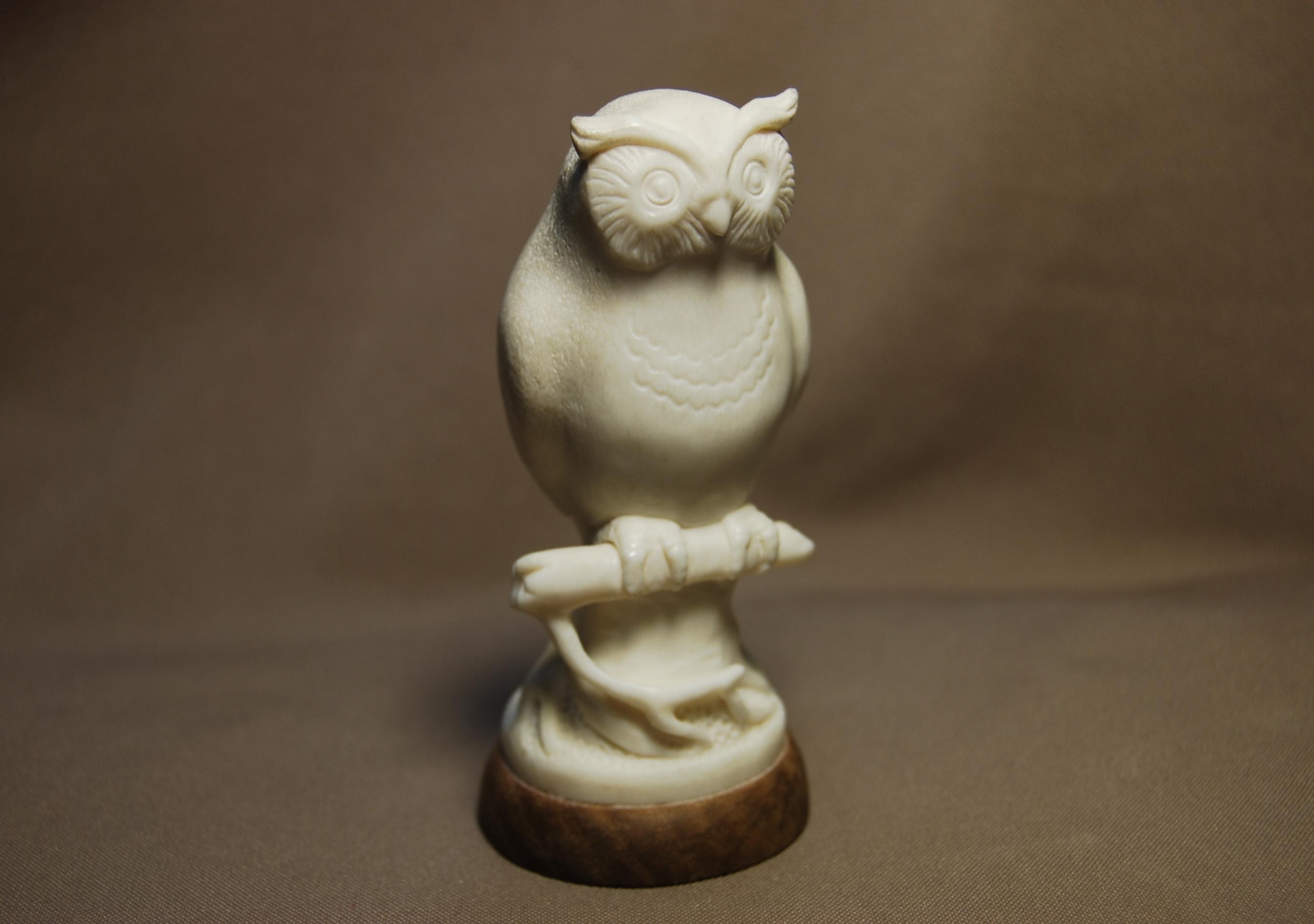 Скульптура Филин, Материал рог лося.jpg