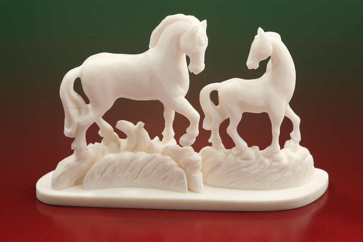 Скульптура Лошадки, Материал цевка.jpg