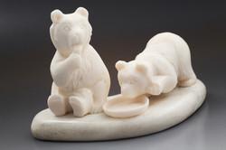 Скульптура Медвежата,  Материал рог лося.JPG