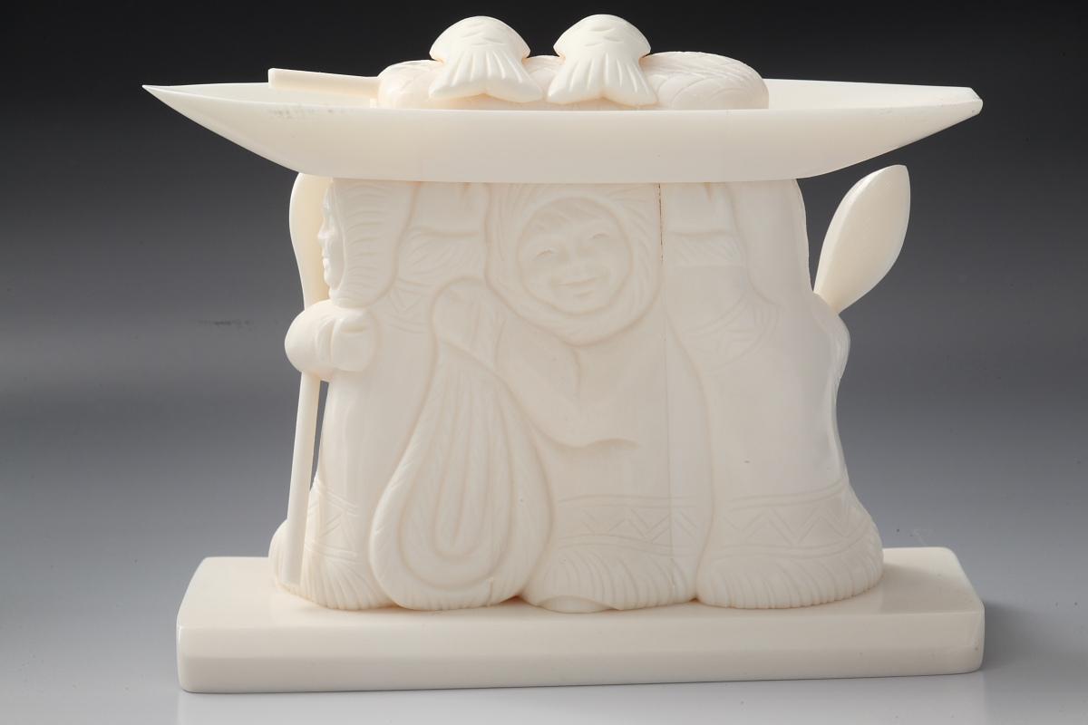 Скульптура Большой улов, Материал цевка..JPG