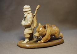Скульптура Циркачи Материал бивень мамонта.jpg