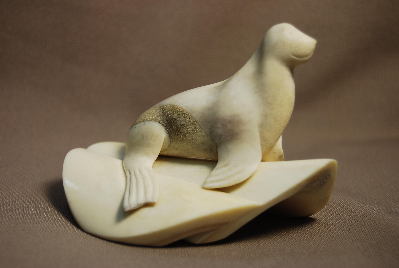 Скульптура Морской котик, Материал цевка.jpg