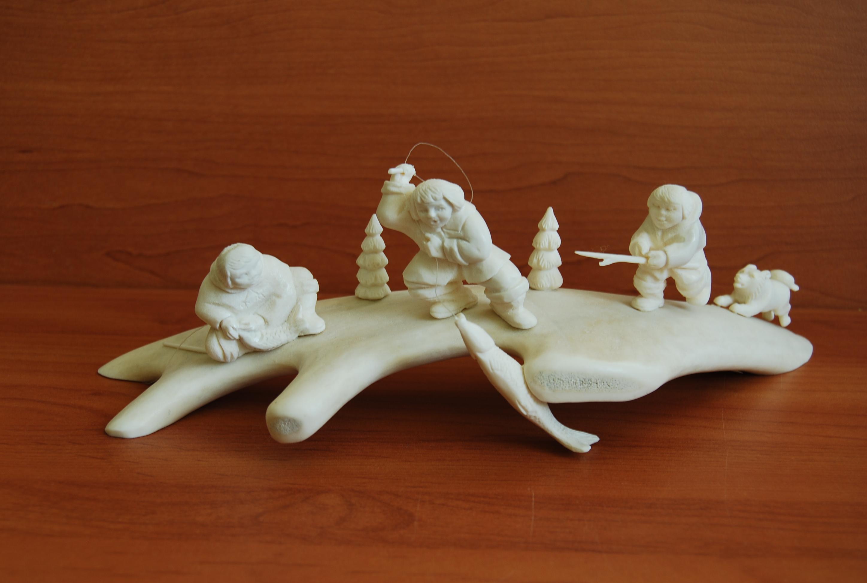 Скульптура Вечерний клев,  Материал рог лося.jpg
