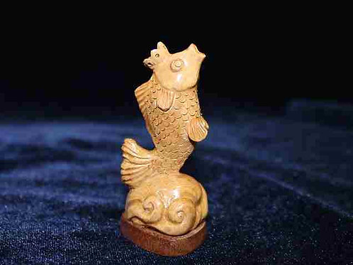 "Скульптура ""Золотая рыбка"""