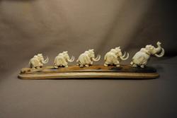 Скульптура Мамонты-5, Материал зуб кашалота, бивень мамонта.jpg