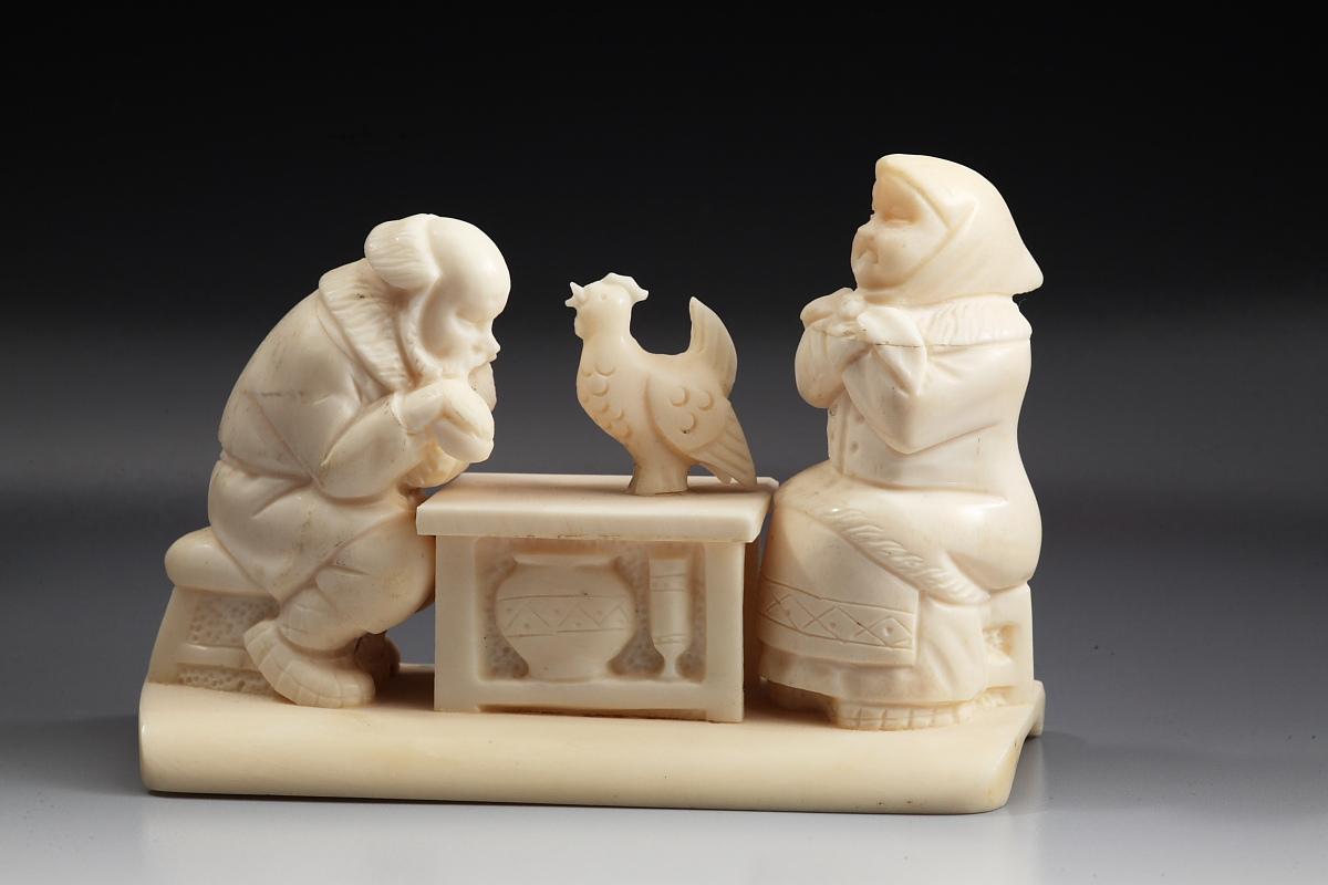 Скульптура Курочка Ряба, Материал цевка.jpg