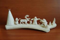 Скульптура С речки Материал рог лося, цевка.jpg