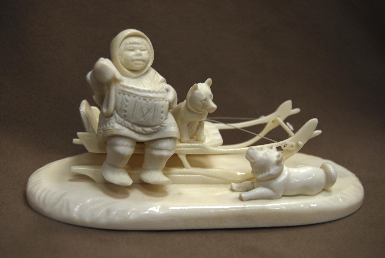 Скульптура Друзья, Материал цевка, рог лося.jpg