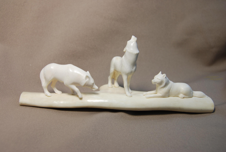 Скульптура Волчье эхо-1,  Материал рог лося.jpg