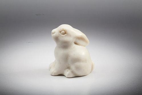 Скульптура Зайчонок