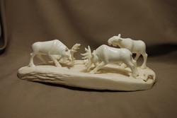 Скульптура Таежная жизнь ув., Материал рог лося.jpg