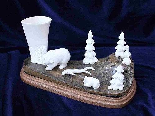 "Скульптура ""Медведи в лесу"""