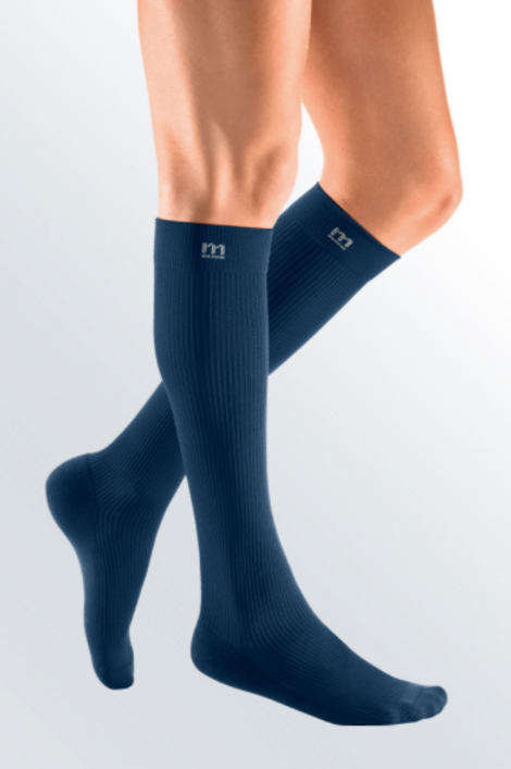 MEDI Active Compression Stockings (Knee)