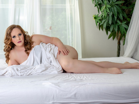 5 Ways to Look Naked in Your Boudoir Photo Shoot while Exposing Nothing