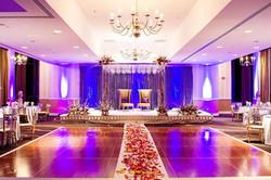 american-wedding-stage-decoration-luxury