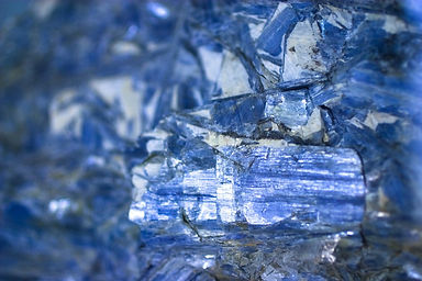 blue kyanite.jpeg