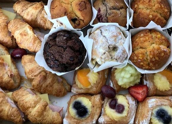 Petite Breakfast Basket