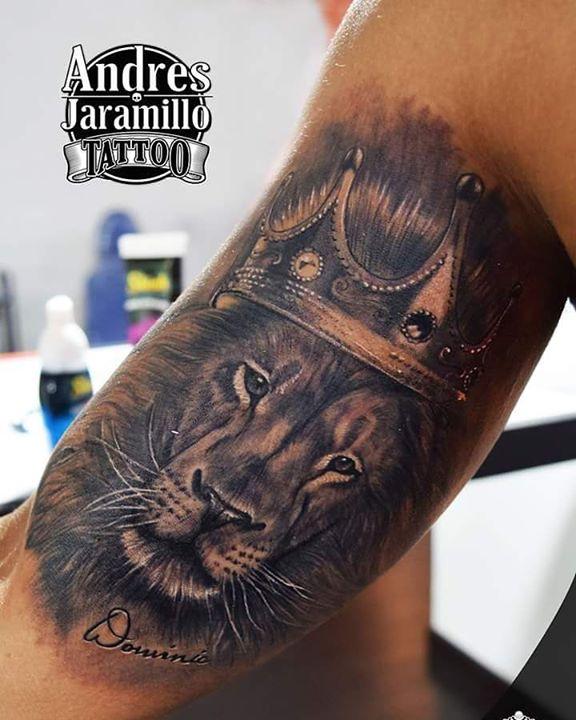 Tatuaje en _inkedtattooshop _Whatsapp 3173775667_Productos _mundo_skink __colombiaink_Con maquinas #