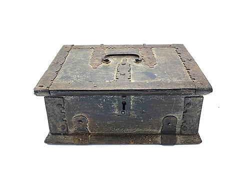 Wood Anglo Raj Vintage Box