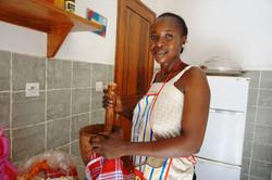 Marie Noël DIOM, cuisinière.JPG