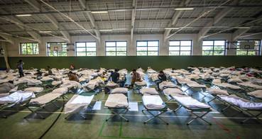 Die Flüchtlinge auf dem Kasernengelände Wietzenbruch
