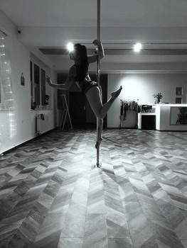 Stephanie Pole Dance