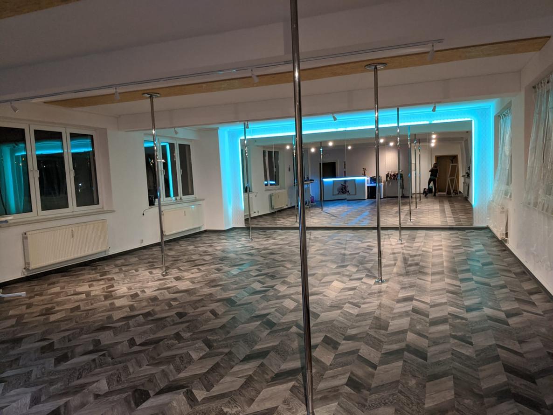 Pole-Studio
