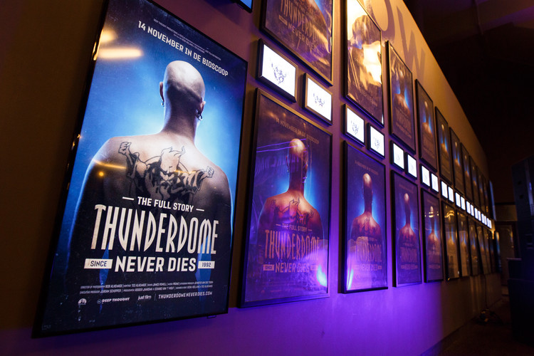 People could watch the documentary in november & december 2019 in the Dutch cinema's: Pathé, Kinepolis & Vue.