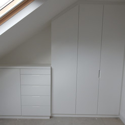 Wardrobes & Drawer set/cupboard