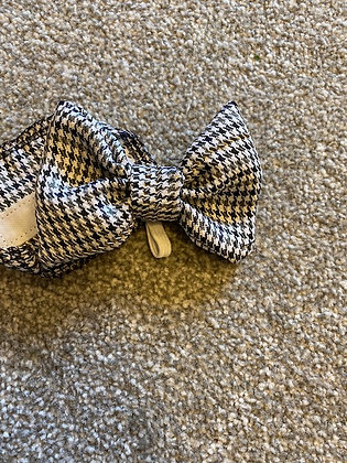 Houndstooth Hand Embroidered Dog/Cat Bow Tie