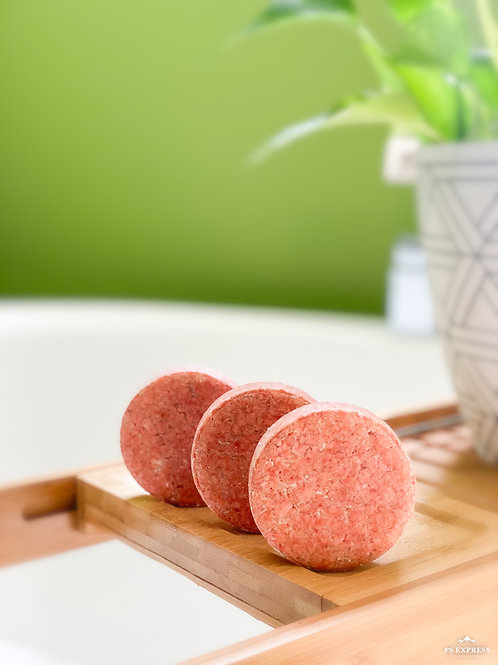Solid shampoo for coily hair