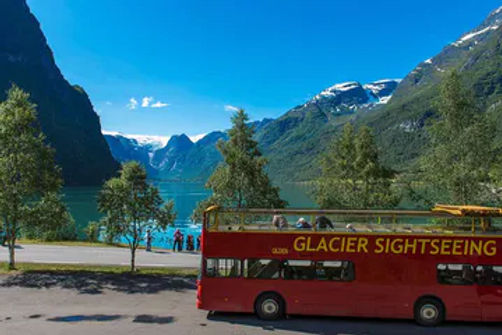 Åpen topp buss mot briksdalsbreen - Olden Adventure
