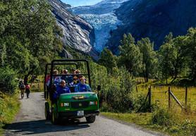 Trollbil til Briksdalsbreen - Olden Adventure