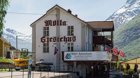 Fasade Mølla Gjestehus - Olden Adventure