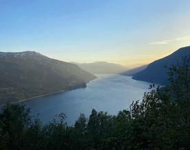 Utsikt fra Huaren - Olden Adventure