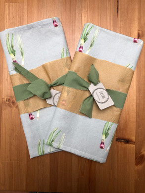 Spring onion tea towel