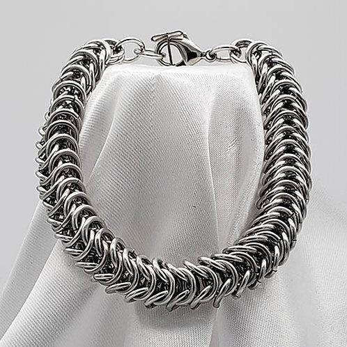 Stunning Silver Tone Bracelet Set in Box Weave