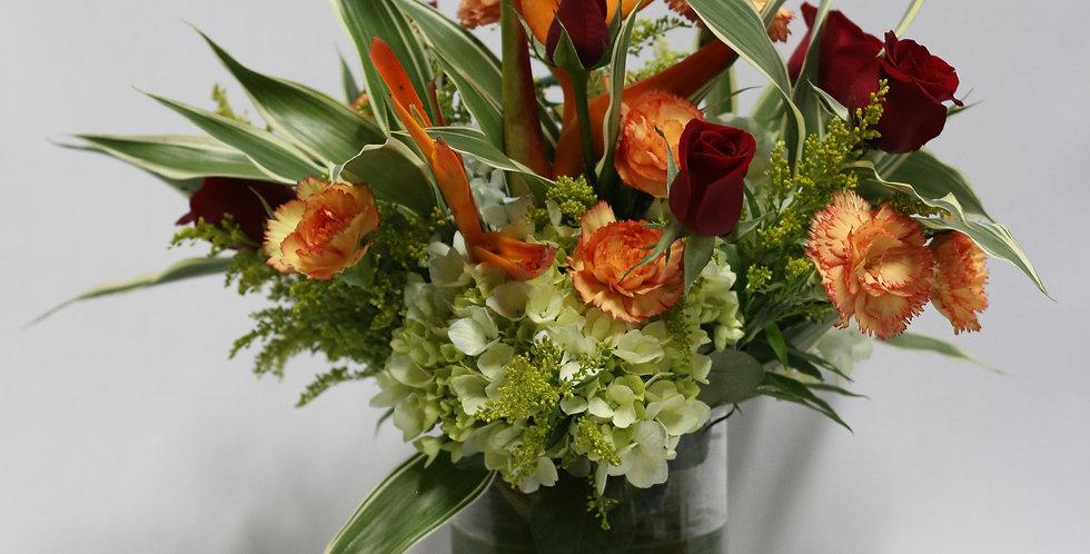 M52/Florero de vidrio en rosas y claveles