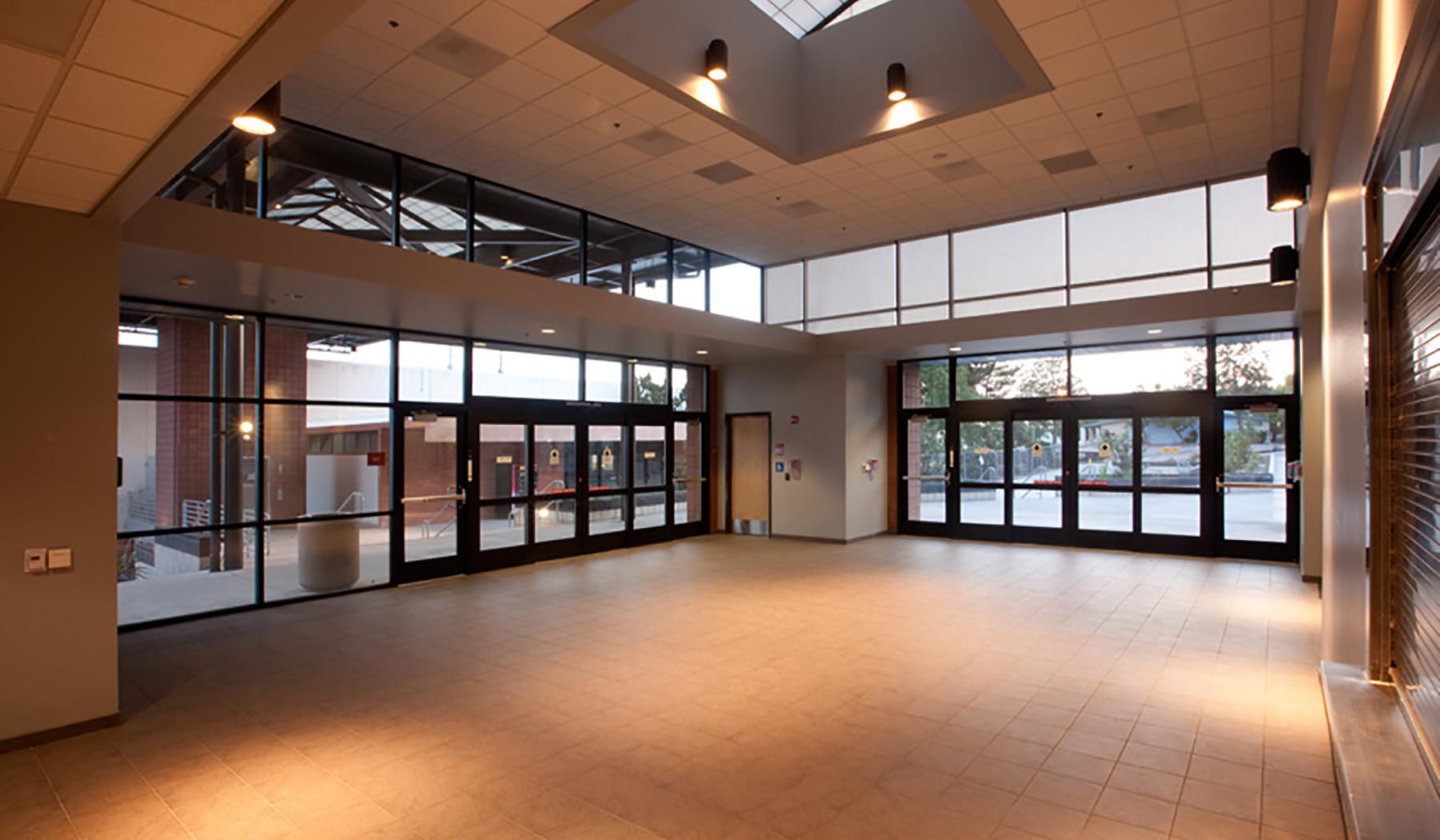 CCCD_CC_Sports Center_Lobby_20171003.jpg