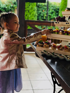 Когда дети рады интересной еде !  Мы пер