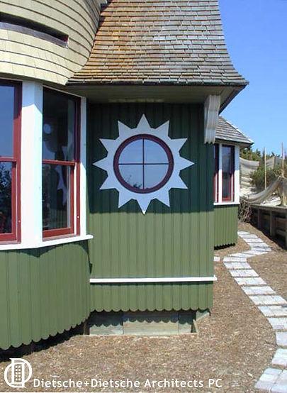 Starburst round window Shingle Style  Dietsche + Dietsche
