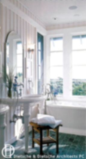 Bathtub surrounded by windows Dietsche + Dietsche