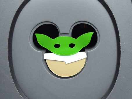 Layering Your Baby Yoda MagicBand Decal