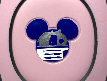 Layering Your R2D2 MagicBand Decal